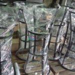Окраска стульев для бара в СПб